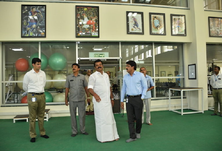 Hon'ble Minister taking a tour of the facility at CSS