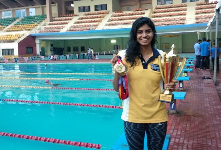 Swimmer Jayaveena proud moment..!!